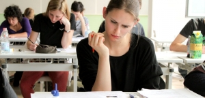 students-taking-an-exam-by-zelig-school-creative-commons